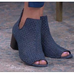 Lori Goldstein Blue Suede Peep-toe Booties 7.5